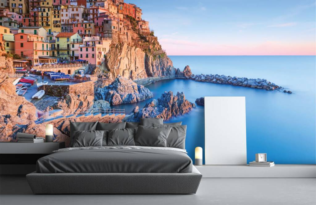 Cities wallpaper - Village on a rock in Italy - Bedroom 3
