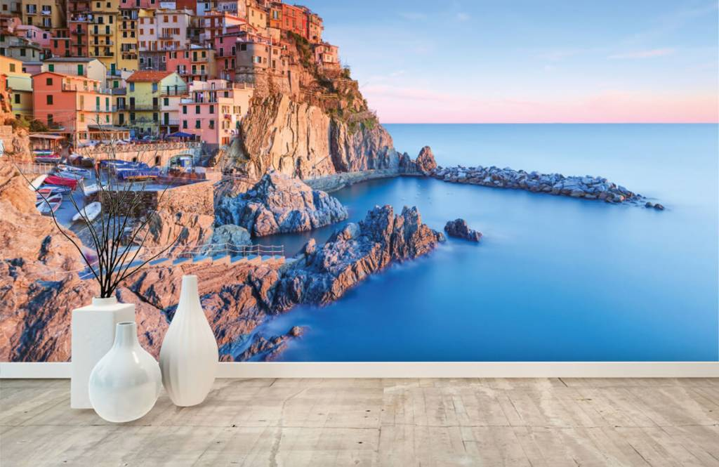 Cities wallpaper - Village on a rock in Italy - Bedroom 8