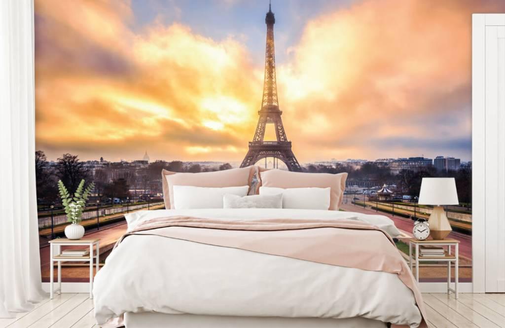 Cities wallpaper - Eiffel Tower - Bedroom 2