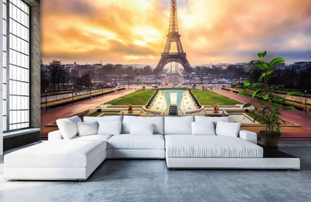 Cities wallpaper - Eiffel Tower - Bedroom 6