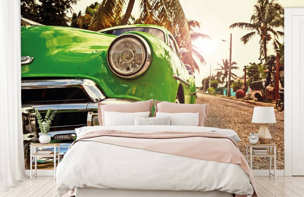 Transportation - Green classic car - Bedroom 2