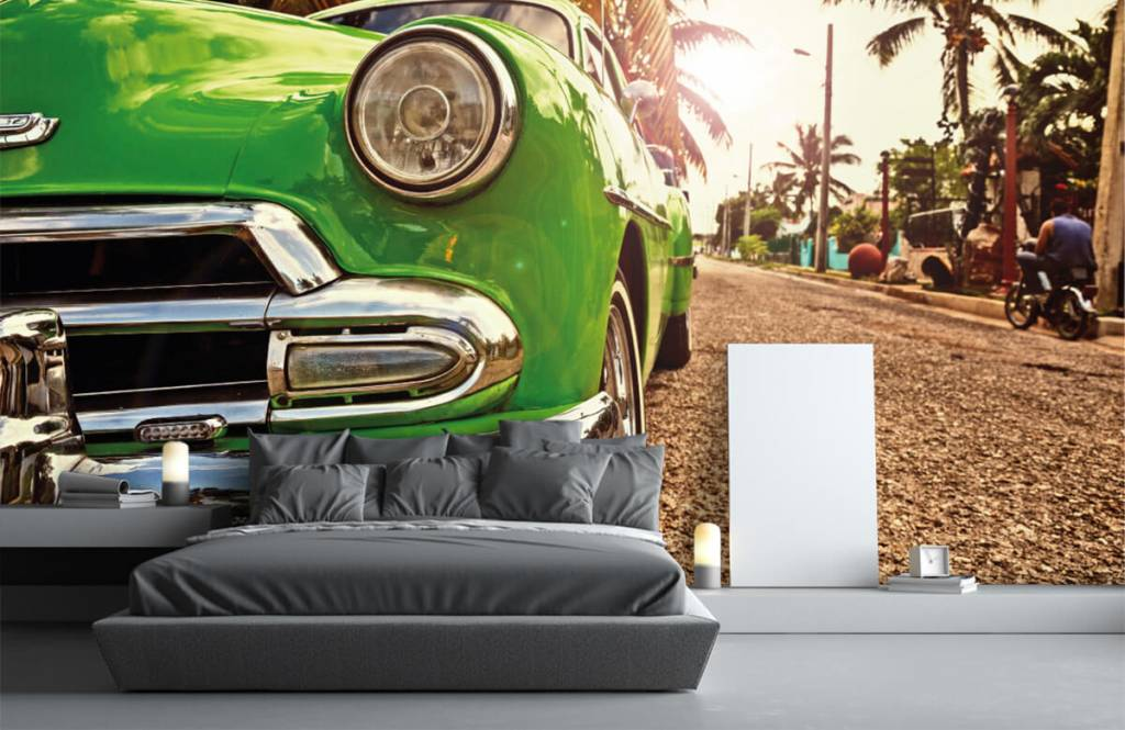 Transportation - Green classic car - Bedroom 3