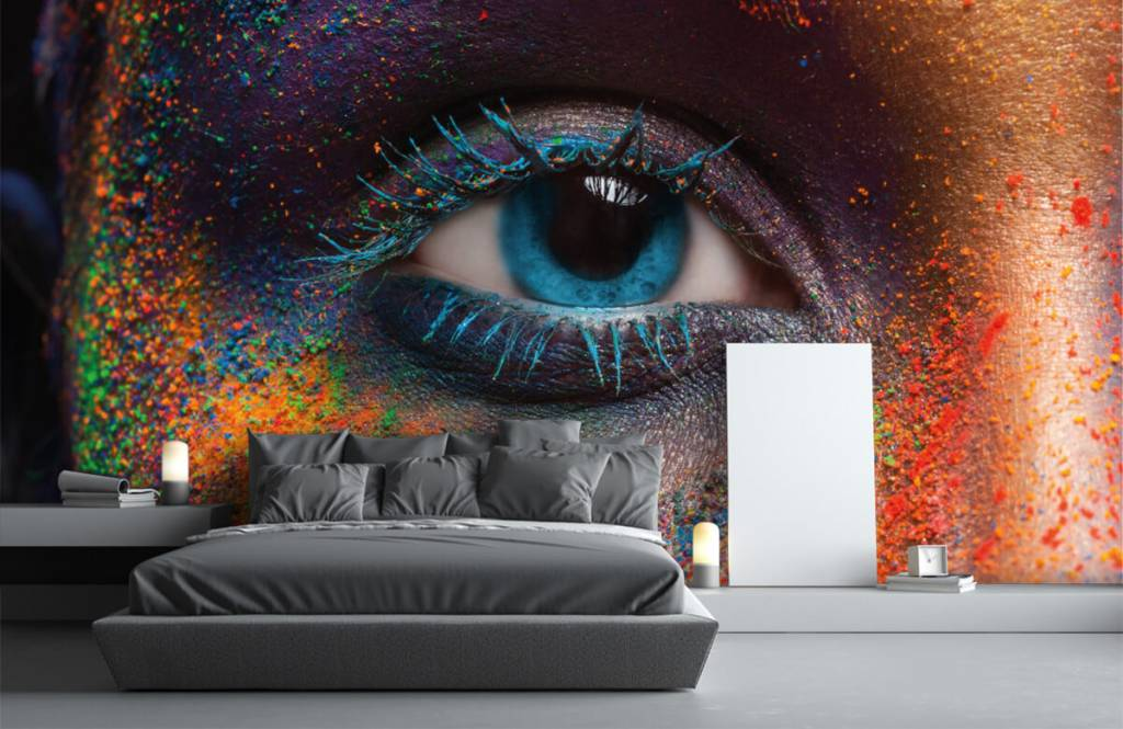 Portets and faces - Colorful eye - Hallway 3