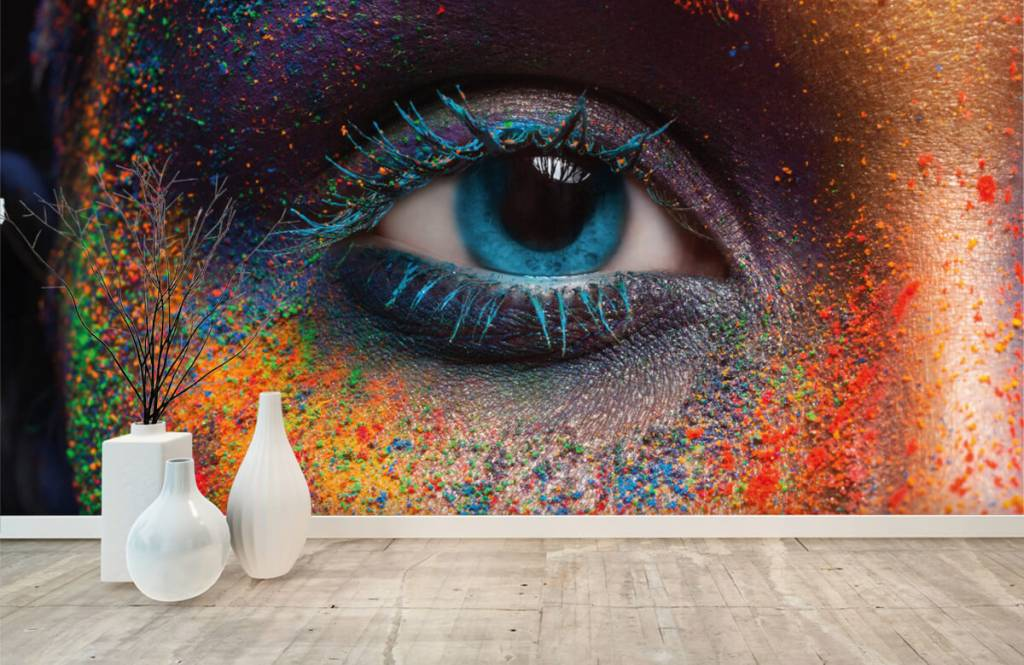 Portets and faces - Colorful eye - Hallway 8