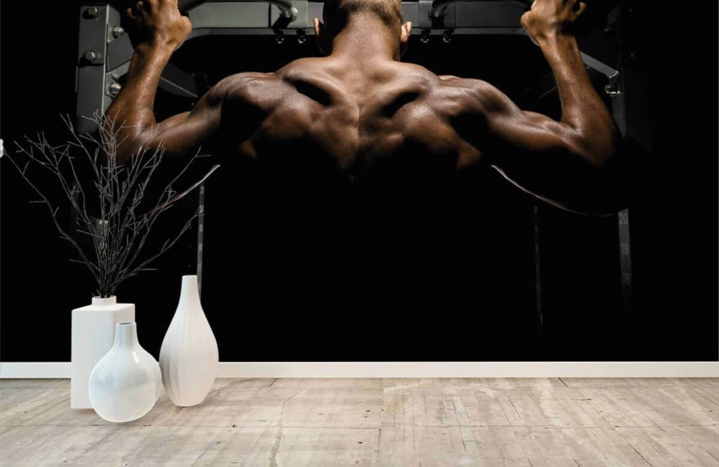 Fitness - Man with a muscular back - Garage 7