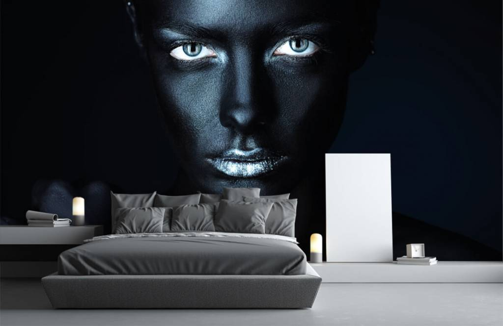 Portets and faces - Mysterious woman - Living room 3