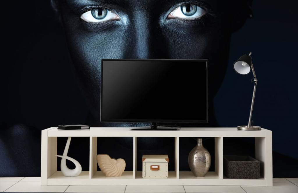 Portets and faces - Mysterious woman - Living room 5