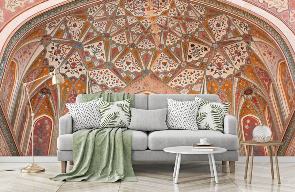 Monuments - Richly painted Indian arch - Bedroom 7