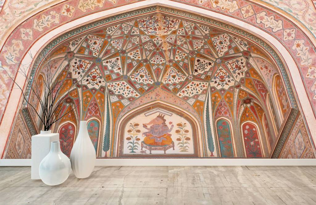 Monuments - Richly painted Indian arch - Bedroom 8