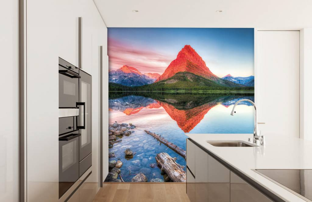 Lakes and Waters - Red mountain top - Hallway 3
