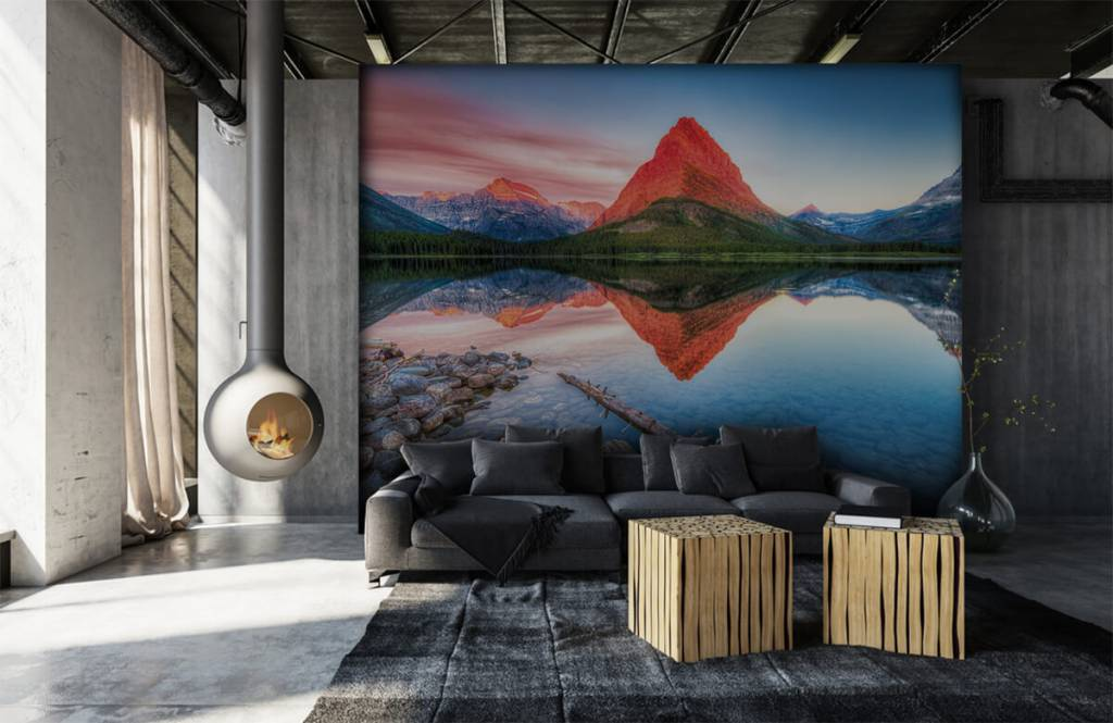Lakes and Waters - Red mountain top - Hallway 6