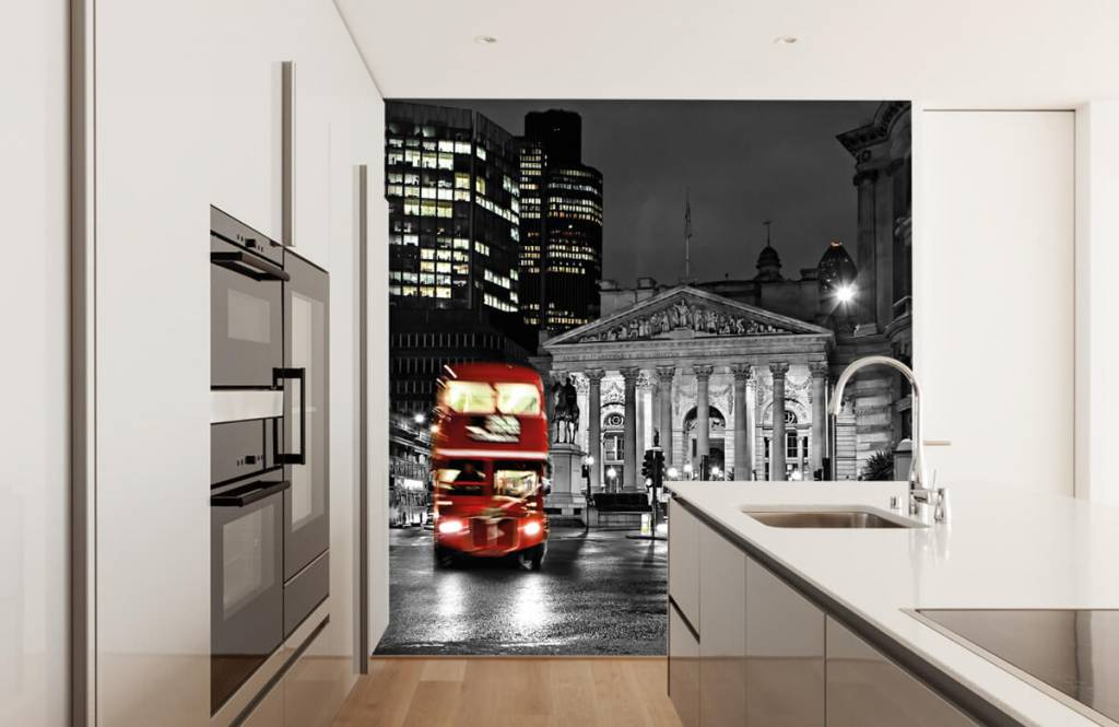 Black and white wallpaper - Red bus in London - Teenage room 4
