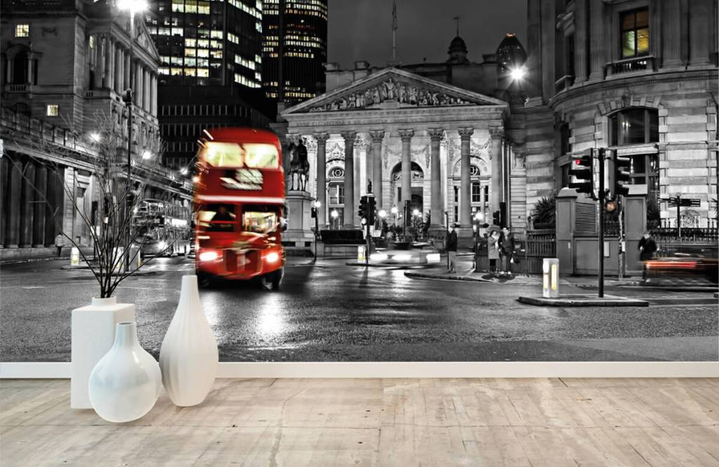 Black and white wallpaper - Red bus in London - Teenage room 8