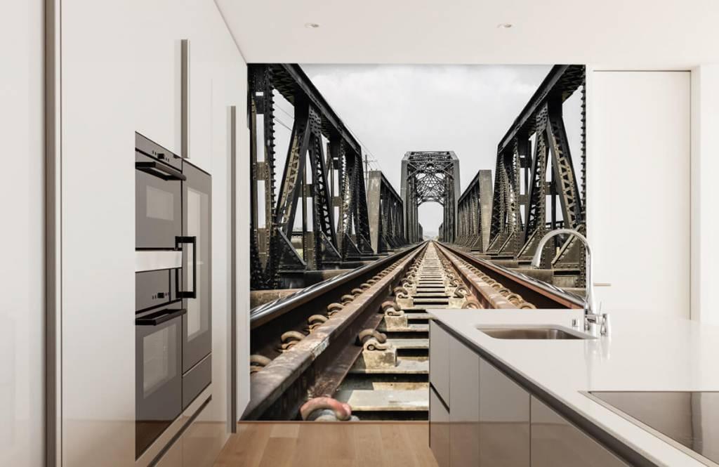 Elements - Metal railway bridge - Garage 5