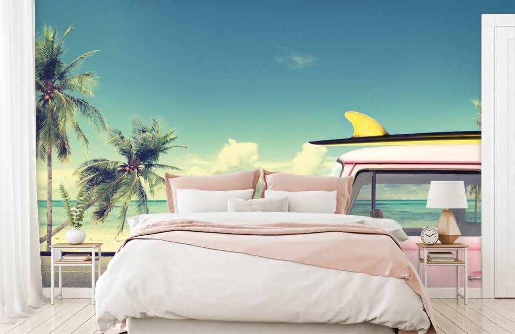 Transportation - Volkswagen surf bus - Bedroom 2