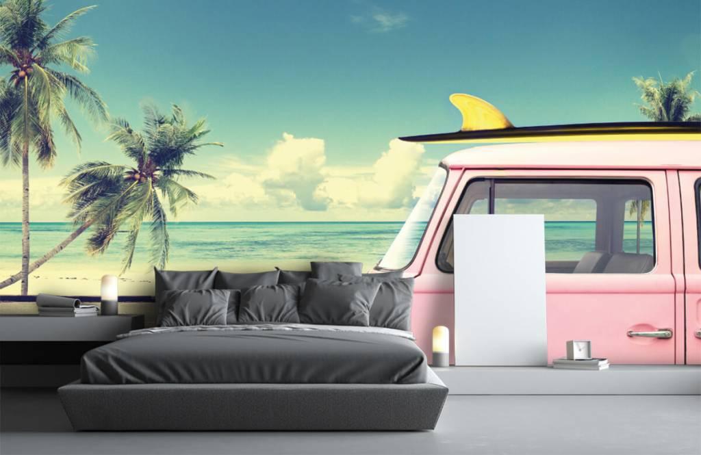 Transportation - Volkswagen surf bus - Bedroom 3