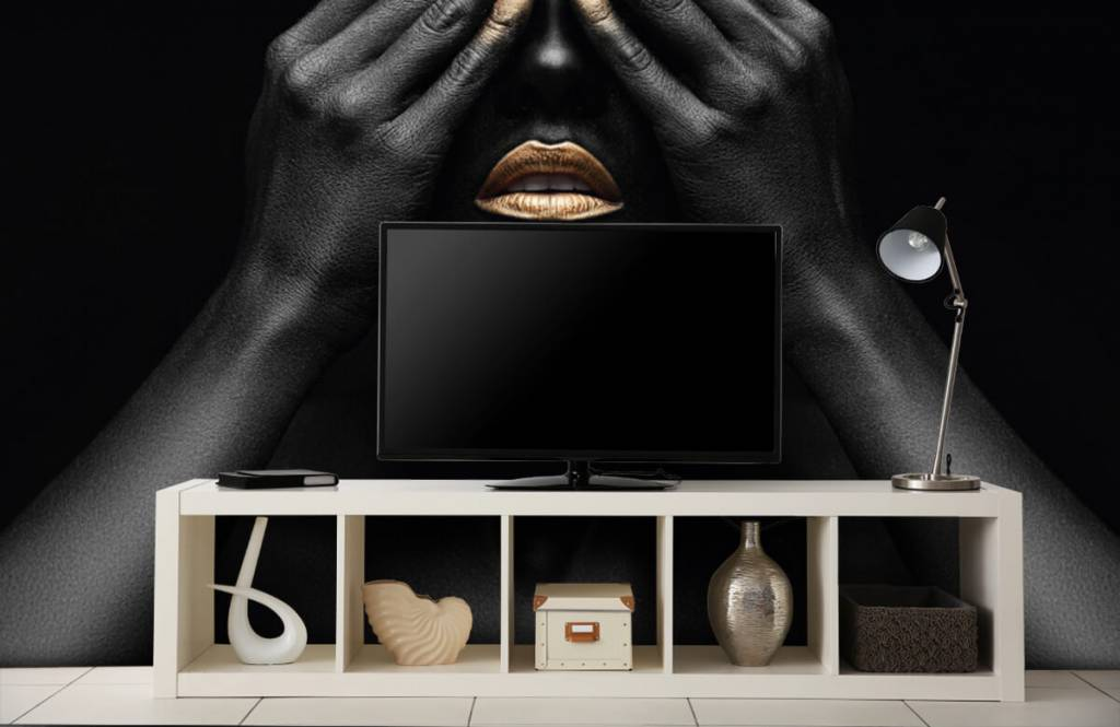 Modern - Woman with hands in front of her eyes - Living room 5