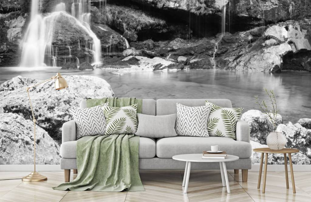 Black and white wallpaper - Waterfall over a stone wall - Bedroom 1