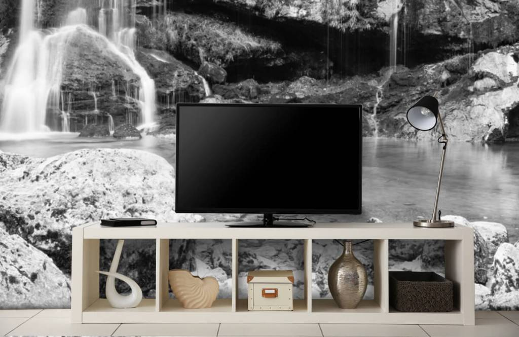 Black and white wallpaper - Waterfall over a stone wall - Bedroom 5