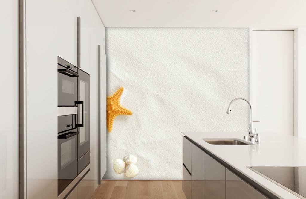 Beach wallpaper - Starfish on white sand - Bedroom 1