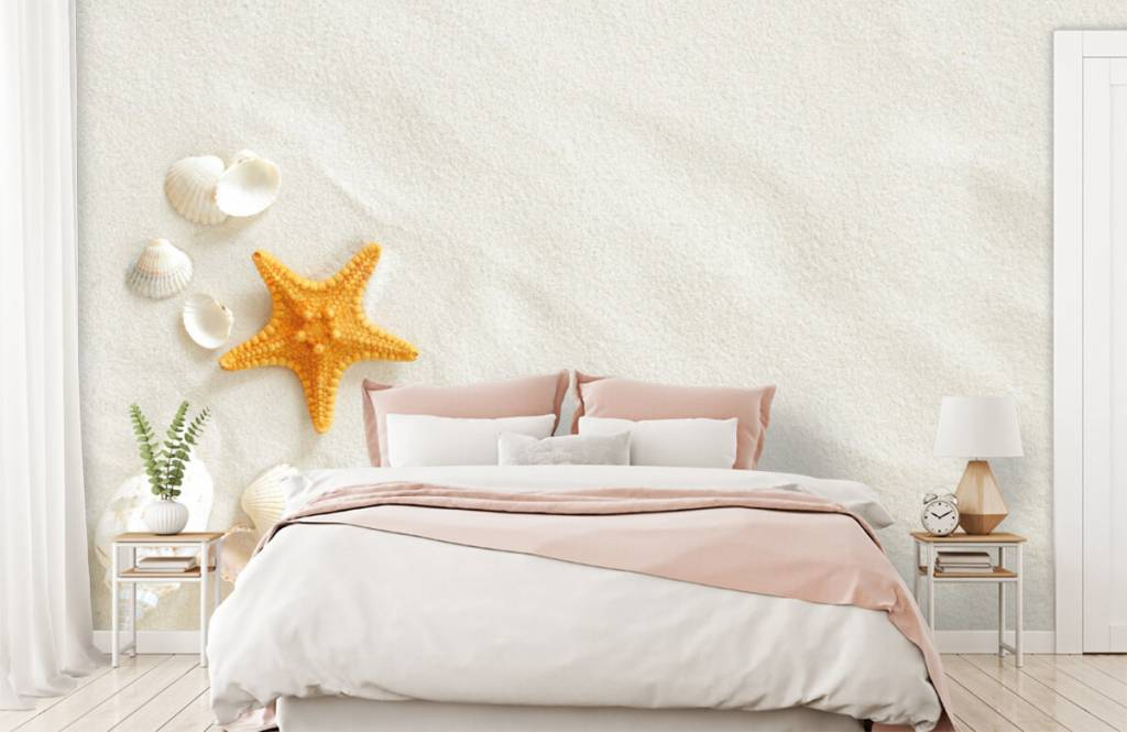 Beach wallpaper - Starfish on white sand - Bedroom 2