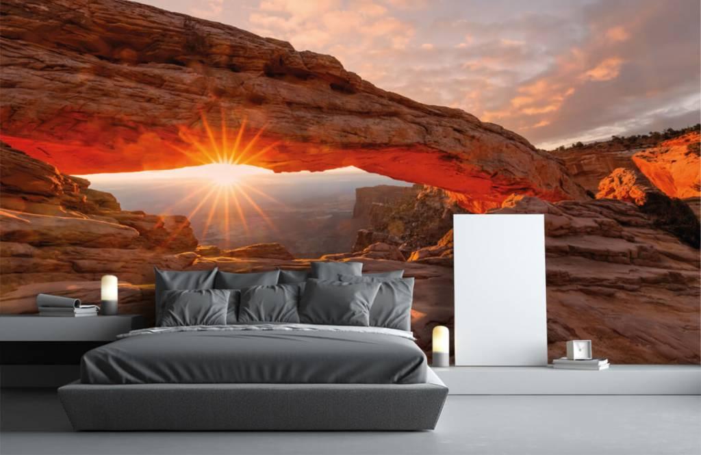 Mountains - Sunset under rocks - Bedroom 2