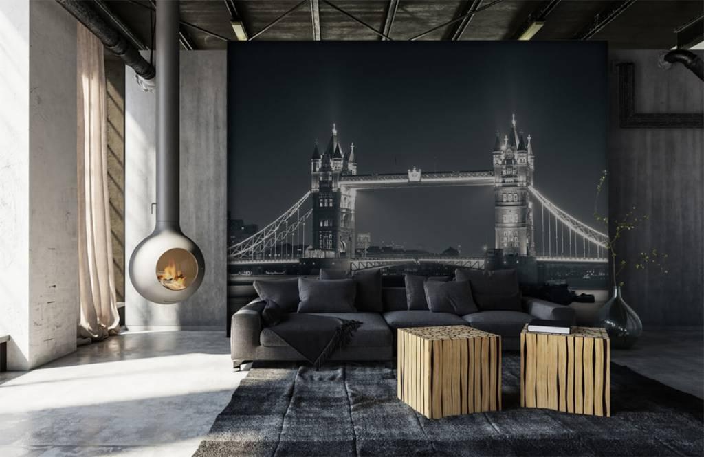 Black and white wallpaper - Tower Bridge - Teenage room 6