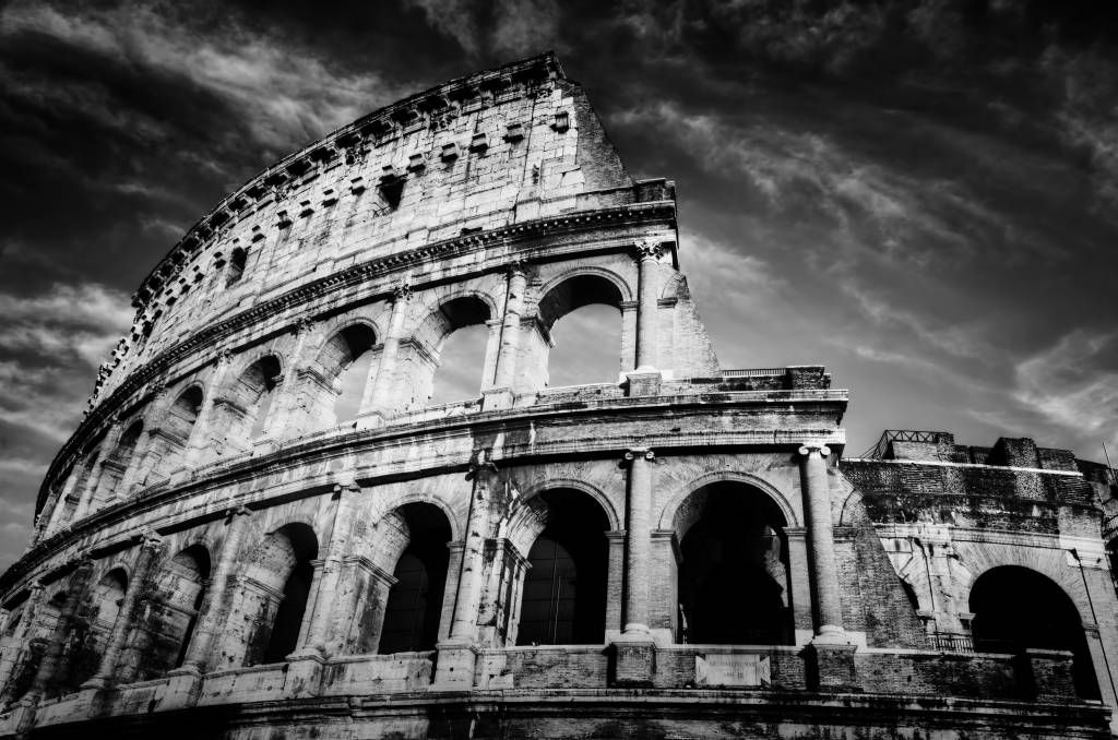 Black and white wallpaper - Colosseum in Rome - Teenage room