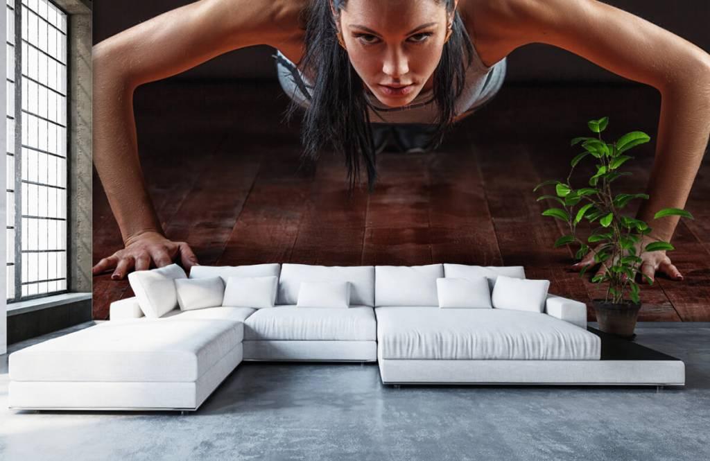 Fitness - Woman doing push-ups - Hobby room 6