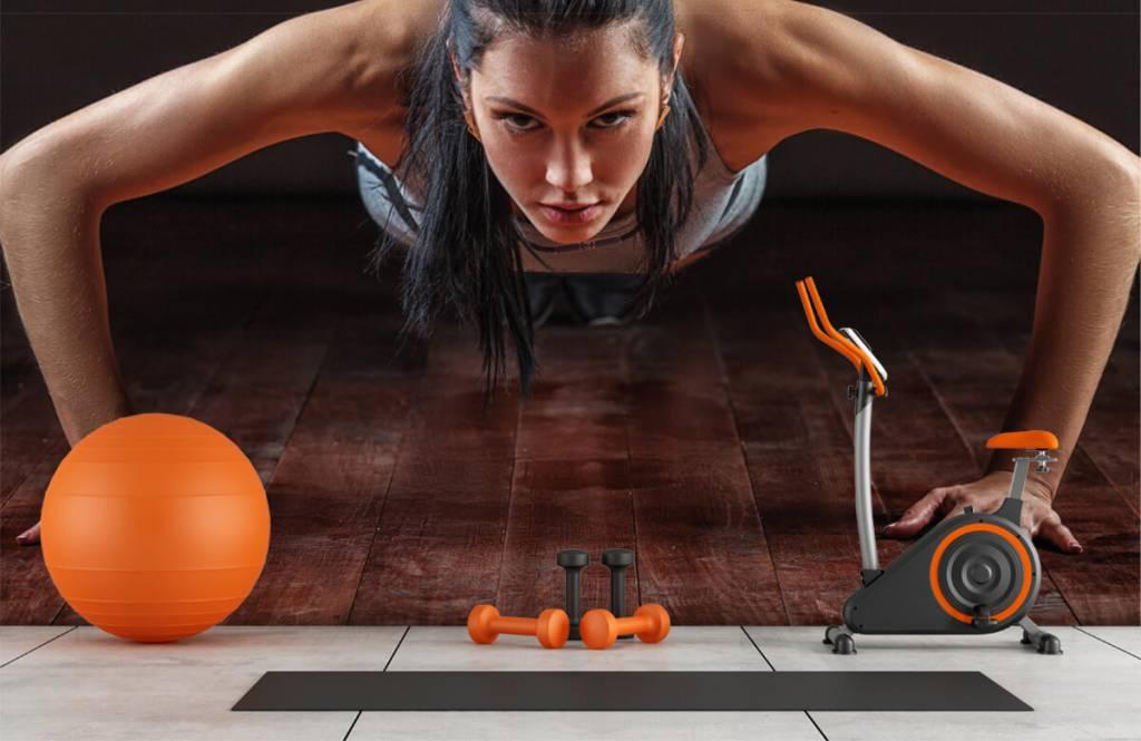 Fitness - Woman doing push-ups - Hobby room 9