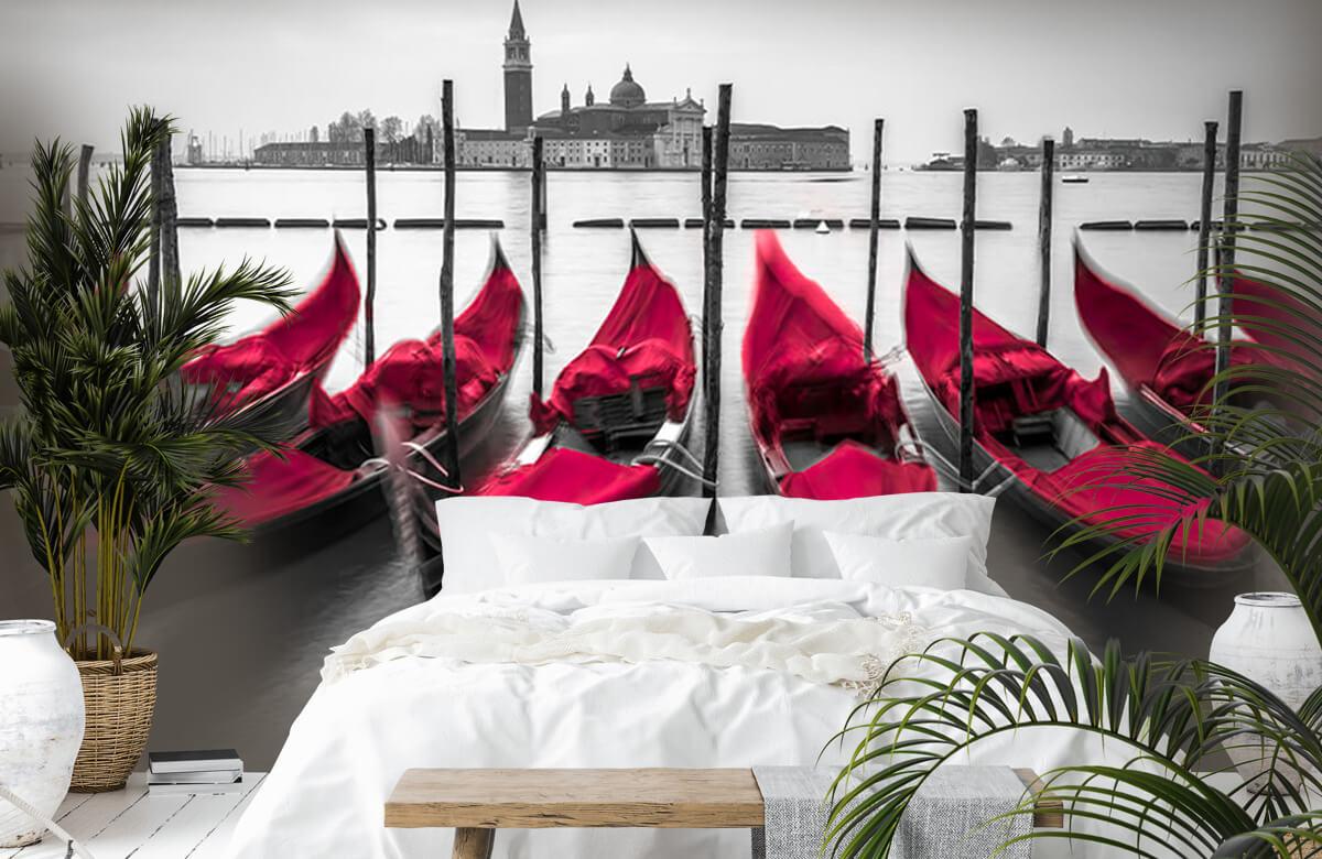 Red Gondolas 4