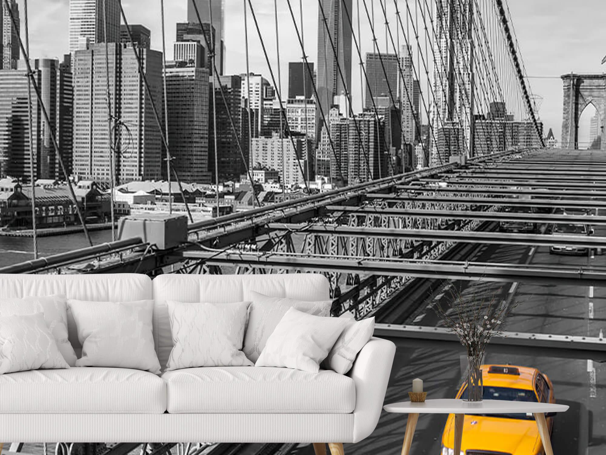 A taxi across the Brooklyn Bridge 4