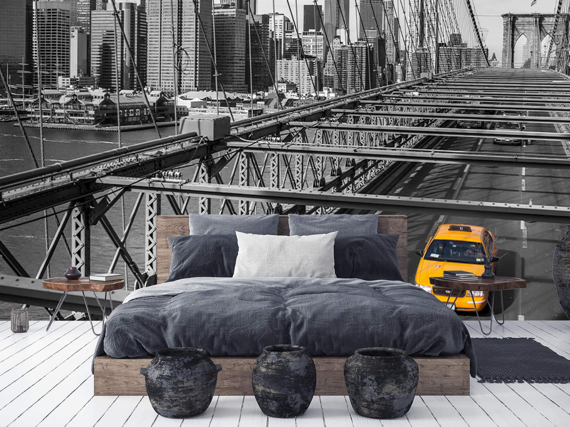 A taxi across the Brooklyn Bridge 9