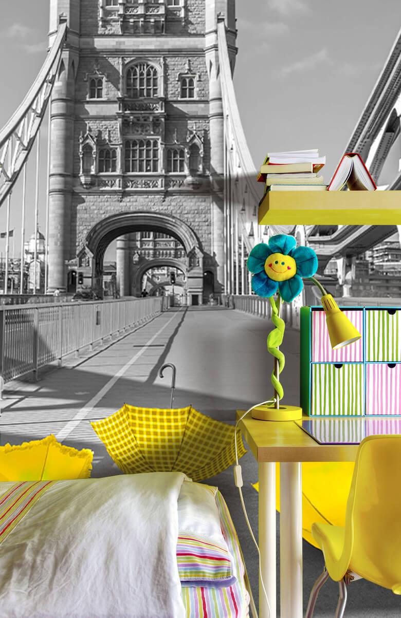Yellow umbrellas on Tower bridge 9