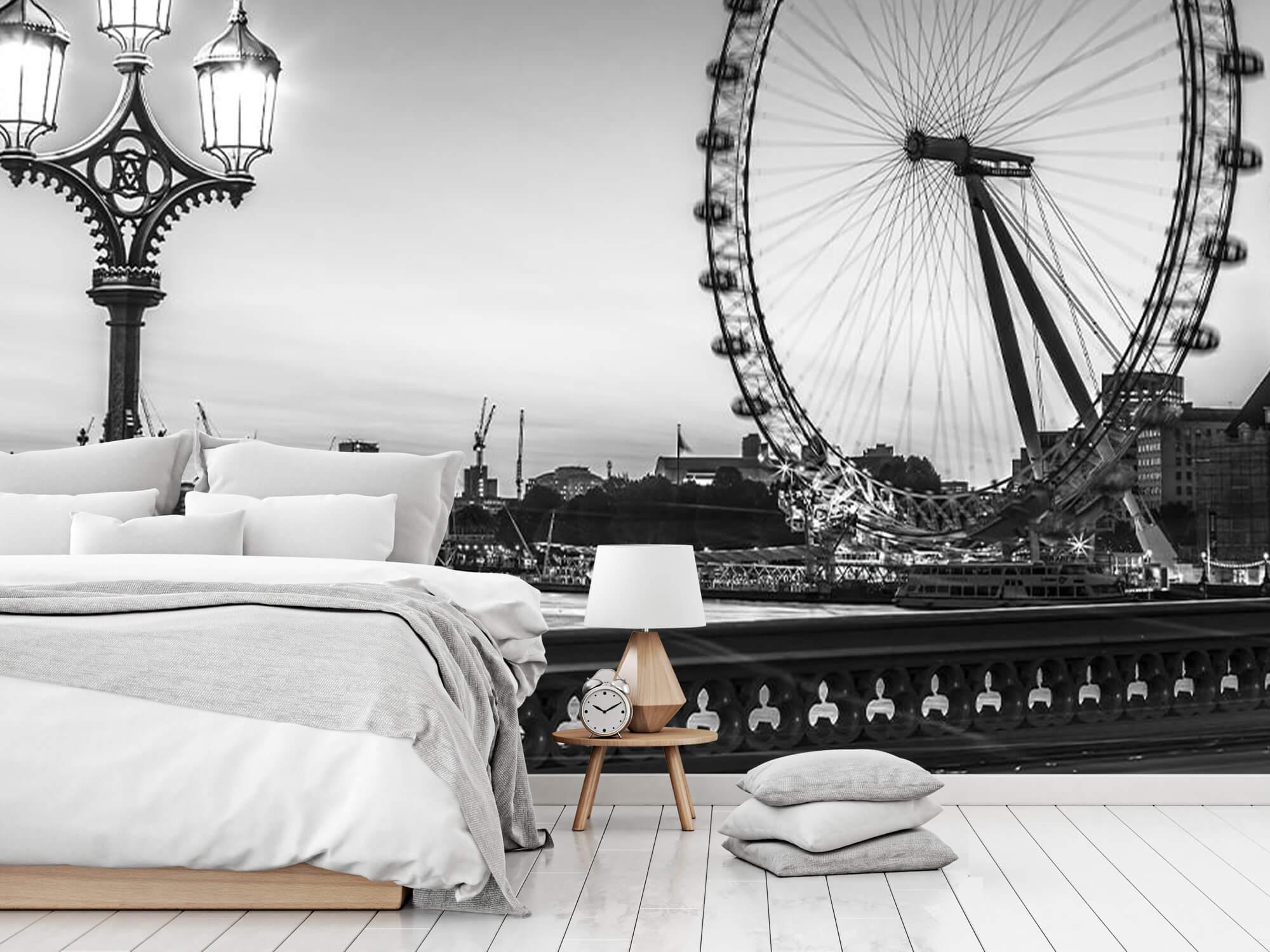 Ferris wheel black and white 8