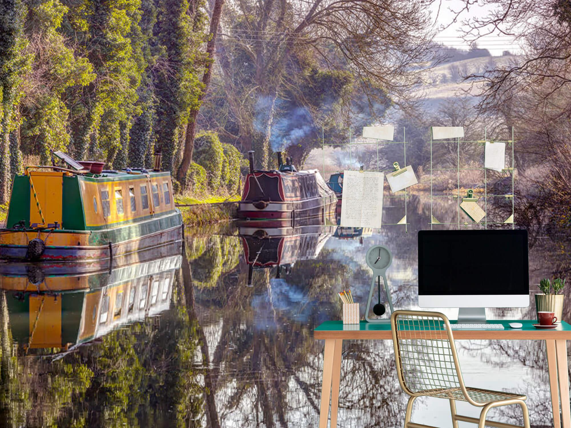 Canal in Kintbury 5